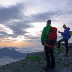 Bergsteiger am Weg zur Hoffmannspitze
