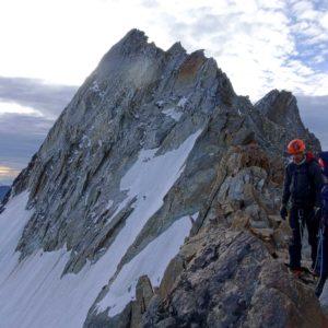 Mit Bergführer am Nadelgrat
