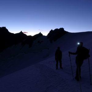 Aufstieg am Dom Normalweg. Unterwegs mit den Bergführern von Animont