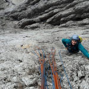 Messner an der Cima Madonna, mit Bergführer.