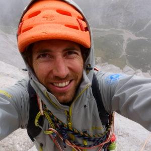 Bergführer in der Schwalbenschwanz der MArmolada Südwand