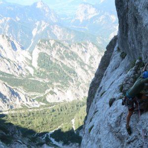 Der lange Quergang der Rosskuppenkante - Klettern im Gesäuse mit Bergführer
