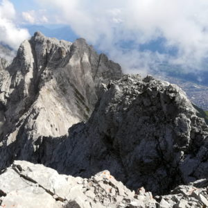 Die Innsbrucker Nordkette zwischen Licht und Schatten