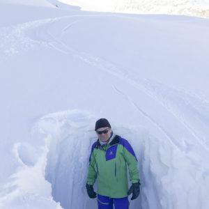 Schneeprofile graben, Schneedeckenuntersuchung und Lawinenkunde