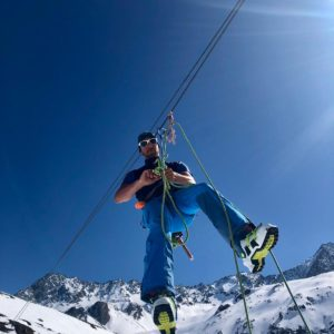 Spaltenbergung am Skihochtourenkurs auf der Franz Senn Hütte.