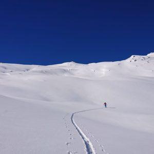 Einsamkeit beim Skitourengehen in den Kalkkögeln