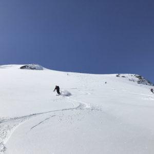 Abfahrt vom Palon de la Mare über dem Rifugio Branca mit Bergführer - ein echter Geheimtipp