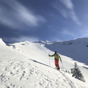 Einsame Skitouren und lehrreiches Coaching. Skitouren und Skitourenkurs in Donnersbach mit Bergführer