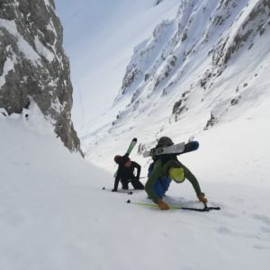 Skitour in einer steile Rinne im Karwendel