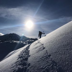 Skitourengehen mit Bergführer in Innsbruck.